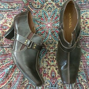 Aerosoles brown zip ankle boot shoes size 11